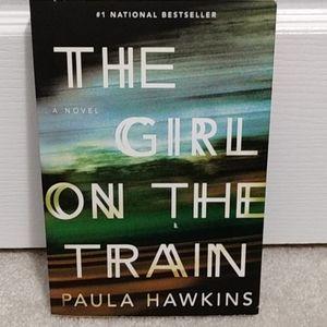⬇️The Girl on the Train - Bestseller novel